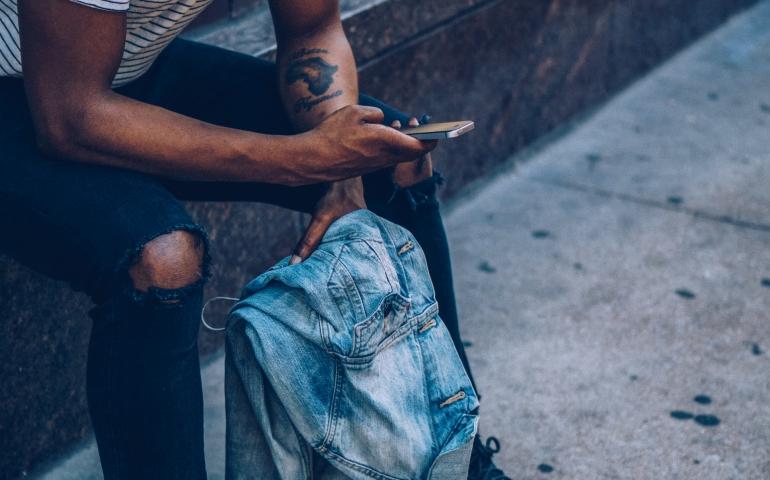 The Benefits of Wearing Men's Designer Clothing