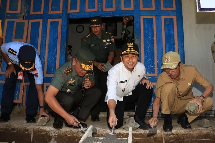 Wagub Jatim : Gotong Royong Jadi Semangat Pelaksanaan TMMD
