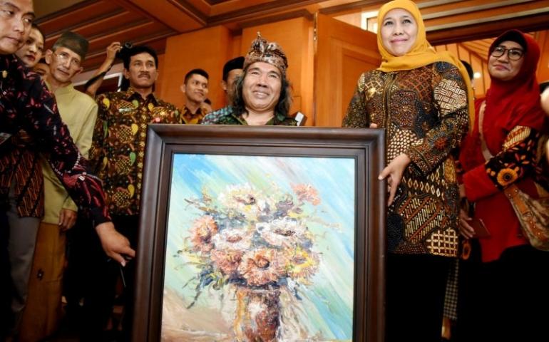 Puji Lukisan Hasil Karya Seniman Jawa Timur