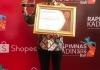 Sukses Gerakkan Ekonomi Jawa Timur, Kadin Pusat Beri Khofifah Penghargaan